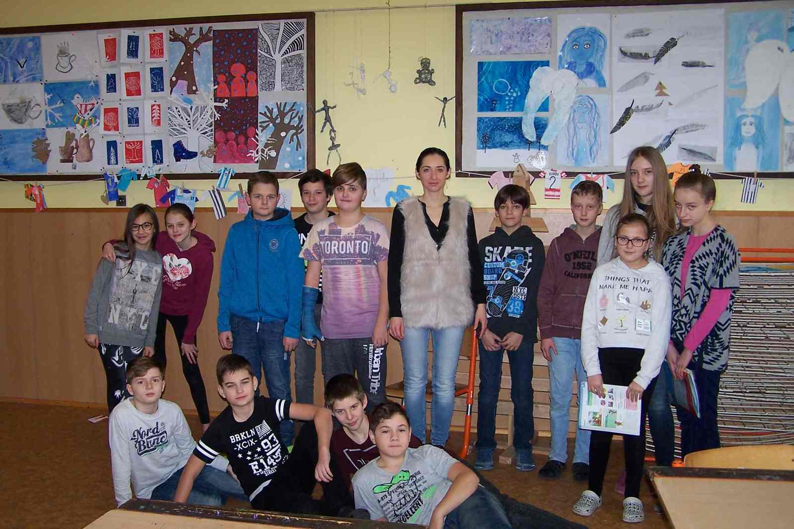 chickem licken.jpg